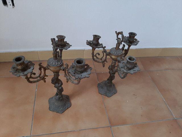 Candelabro / castiçal em bronze antigo - Foto 2