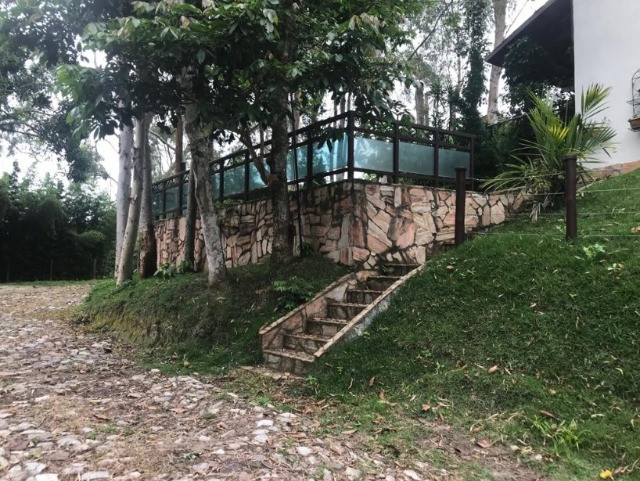 Casa em Guaramiranga para vender, 6 quartos, 6 vagas de garagem mobiliada - Foto 4