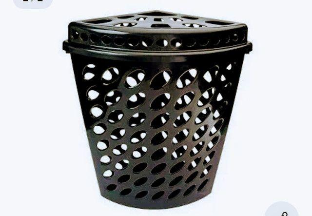 Cesto Roupa Suja Roupeiro Telado Banheiro Canto Triangular de 45 Litros