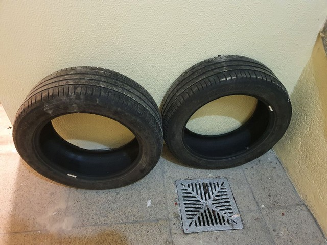 Par de pneus Michelin 215 55 17 - Foto 4