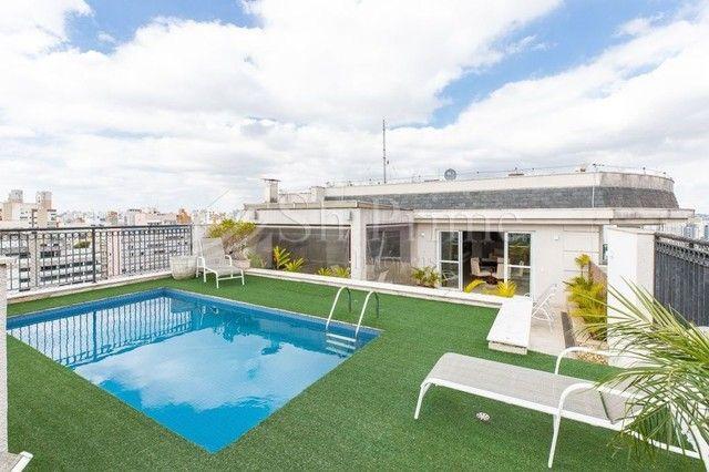 Cobertura Duplex Luxuosa em Moema com piscina privativa