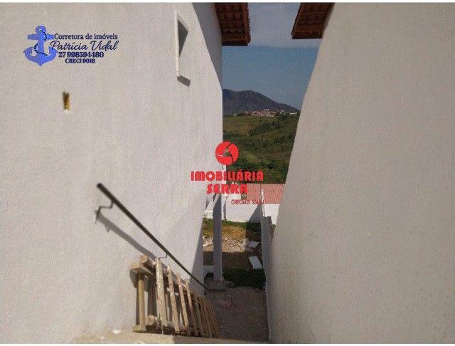 PRV Vendo casa 2qts, quintal gigante, are subsolo, vaga pra dois carros - Foto 5