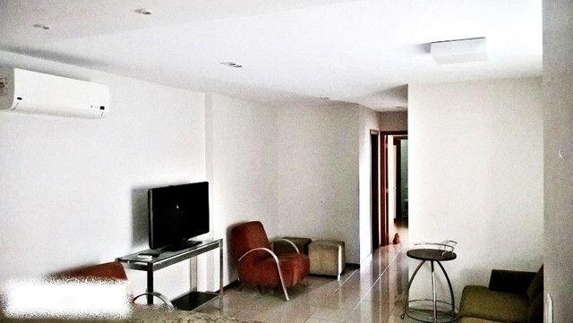 Alugamos um apartamento 2/4 mobiliado no Edifício La Residence