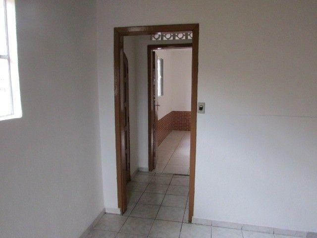 PrOpRieTáRiO aluga casa C/ Garagem + 1 Quarto + Sala + Etc, em Itaquera, Parque do Carmo - Foto 9