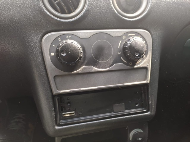 Chevrolet Celta 2p - 2005 - Foto 10