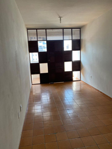 Aluga se apartamento Tambau 3 quartos .
