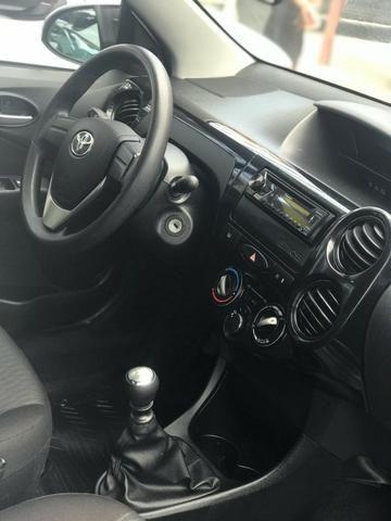 Toyota Etios 2019 + GNV ( Único Dono, novo) - Foto 4