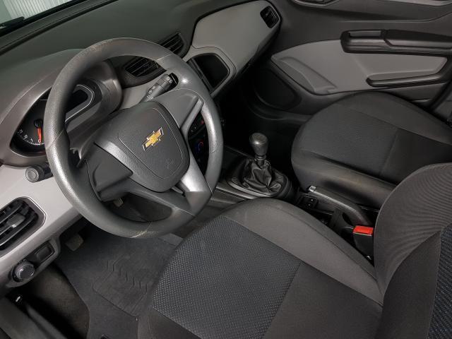 Chevrolet ONIX HATCH Joy 1.0 8V Flex 5p Mec. - Preto - 2017 - Foto 8