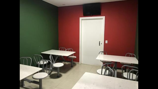 Mesas Conjugadas, com 4 cadeiras e tampão de mármore sintético - Foto 2