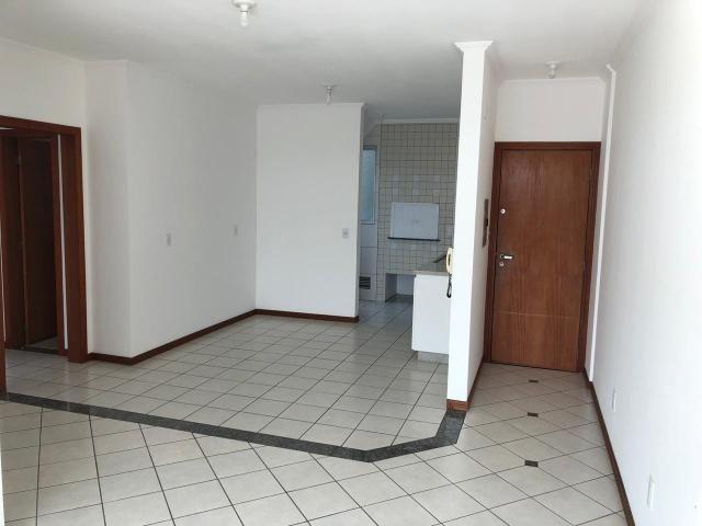 Apartamento à Venda, 76,00m² àrea privativa - 1 suíte + 2 quartos - Ilha da Figueira - Foto 2