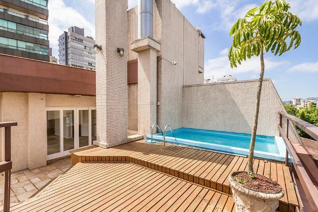 Cobertura, 4 dormitórios (2 suítes) ,garagem p/3carros Bairro Petrópolis - Foto 19