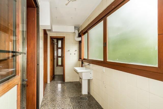 Cobertura, 4 dormitórios (2 suítes) ,garagem p/3carros Bairro Petrópolis - Foto 11