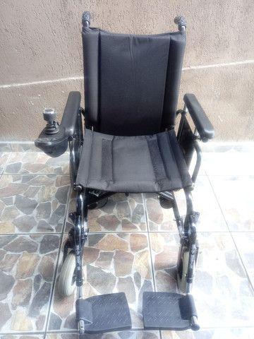 Cadeira de rodas motorizada - Foto 5