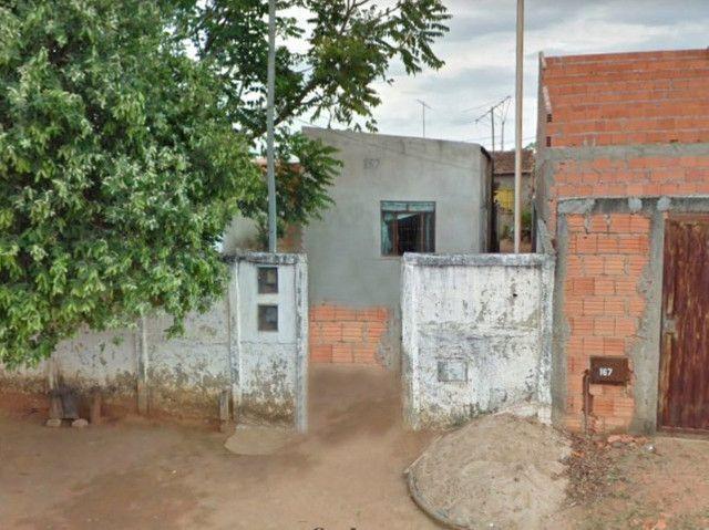 EF) JB15421 - Casa e terreno com 300 m² na cidade de Pirapora em LEILÃO