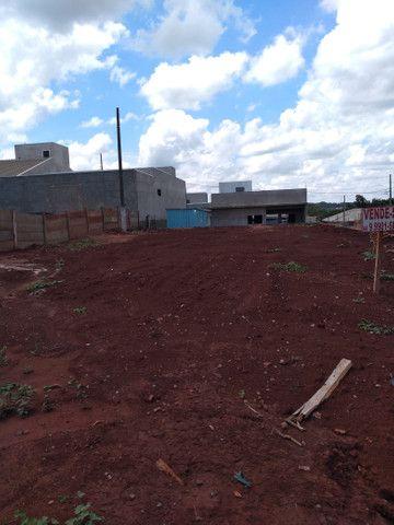 Vendo ou troco 1 terreno no  residencial Porto seguro em Mamborê - Foto 3