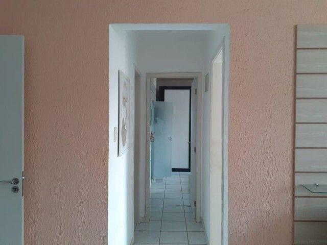 Lindo apartamento nos Bultrins com mobília 135 mil. - Foto 4