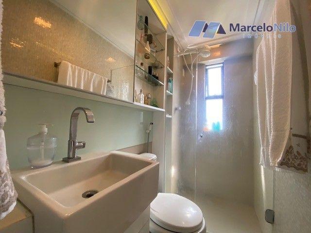 Apartamento  nos Aflitos, 75m2, 3 quartos, 2 suítes, 2 vagas soltas e mobiliado - Foto 19
