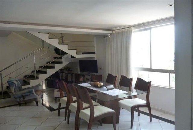 Cobertura localizada no Residencial Itaúba - Alto da Glória
