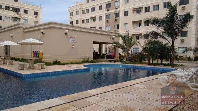 Apartamento no Four Seasons com 2 dormitórios à venda, 55 m² por R$ 250.000 - Cidade 2000