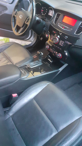 Kia Cadenza 3.5 V6 2011 - Foto 4