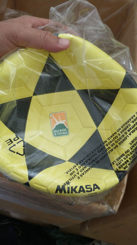 Bola Mikasa Oficial para Futevôlei e altinha FT5 direto com o Revendedor  da Mikasa Brasil - Foto 2