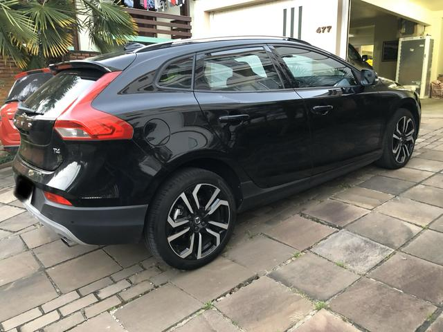 Volvo V40 T4 Cross Country 2017 - Foto 3