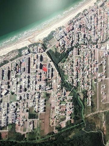 Duplex 02 Dormitórios a 190 Metros da Praia Área Nobre - Foto 2