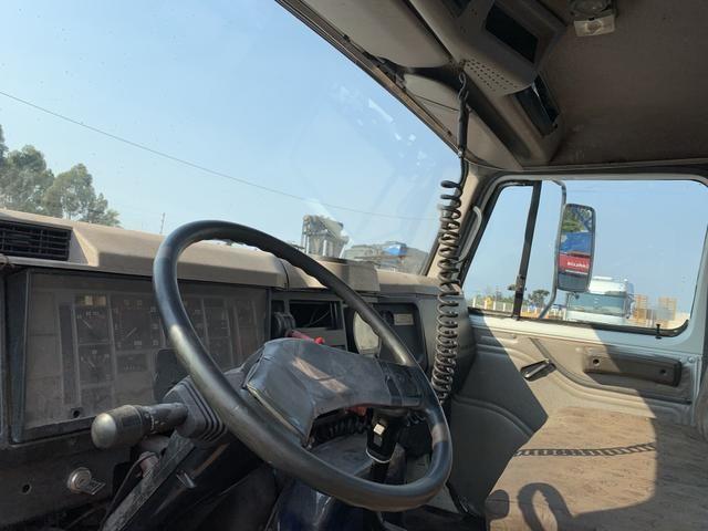 Caminhão Internacional 4700 Caçamba - Foto 6