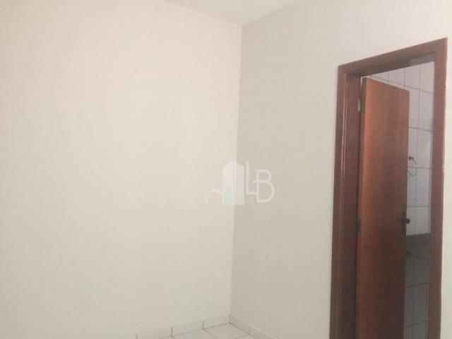 Apartamento para alugar, 50 m² por R$ 800,00/mês - Umuarama - Uberlândia/MG - Foto 8