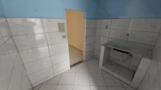 Casa de Vila Térrea 1 Qto c/Quintal em Cascadura - Foto 9