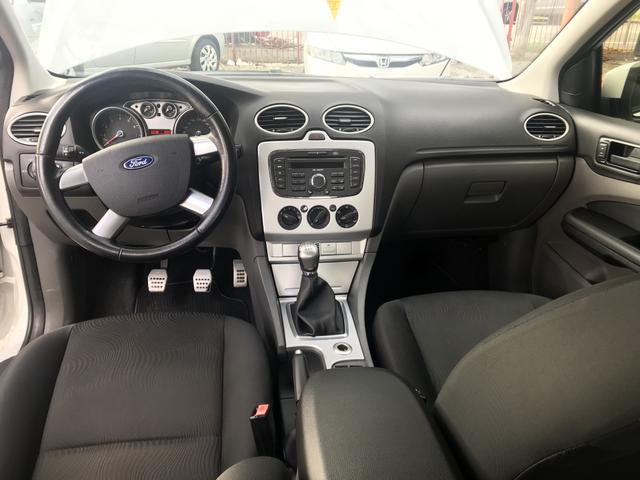 Ford Focus 1.6 Sedan Manual 2013 - Foto 6