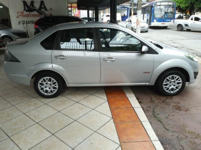 Fiesta 1.6 Mpi Class Sedan 8V Flex 4 portas Manual 2013 - Foto 3