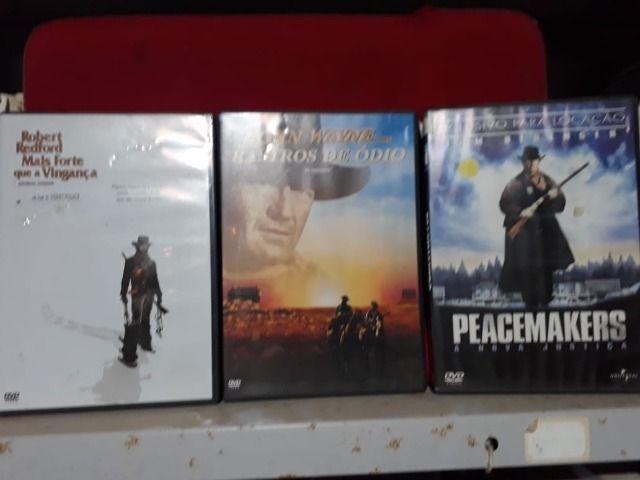 3 DVDs com filmes Clássicos
