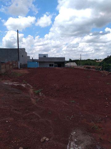 Vendo ou troco 1 terreno no  residencial Porto seguro em Mamborê - Foto 2