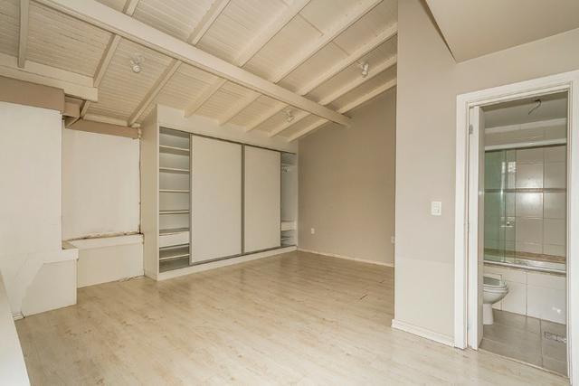 Cobertura, 4 dormitórios (2 suítes) ,garagem p/3carros Bairro Petrópolis - Foto 4