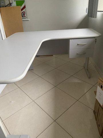 Mesa para escritório branca - Foto 3