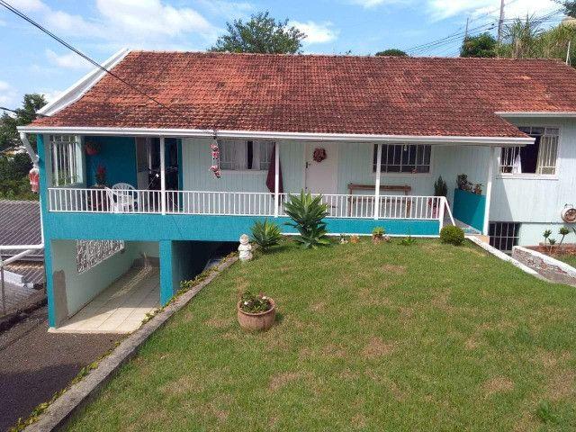 Casa grande próximo ao centro - duas moradias e terreno amplo em Pato Branco/PR