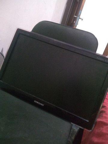 TV Monitor Samsung 22 polegadas