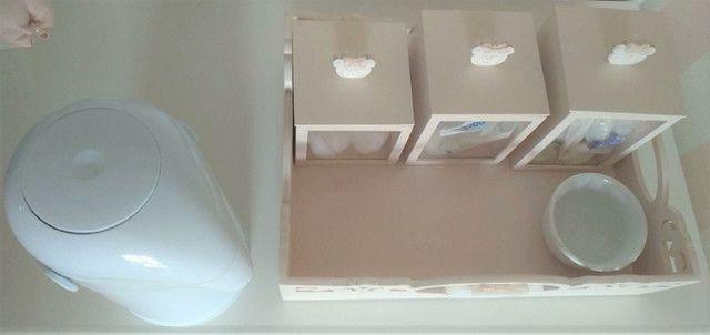 Bandeja Kit Higiene Ursa + 3 potes + Agueiro + Garrafa Térmica. Do ateliê Rita Hosken - Foto 3