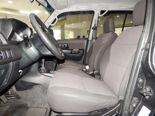 Mitsubishi Pajero TR4 2.0 4x4 140cv Flex 4p Automática Top De Linha Pneus Novos Baixa KM  - Foto 14