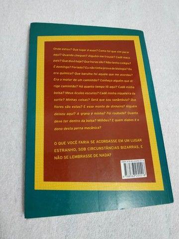 Livro Sombras no Asfalto - Luís Dill - Foto 2