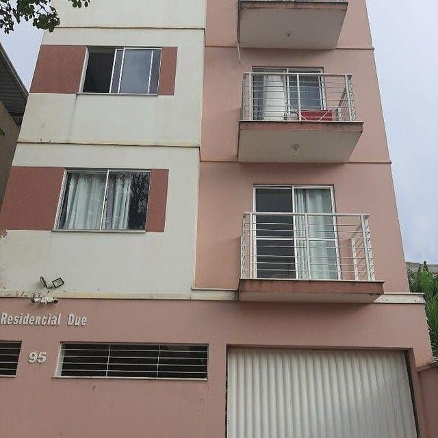 Apartamento com 2 dormitórios à venda, 60 m² por R$ 150.000 - Francisco Bernardino - Juiz