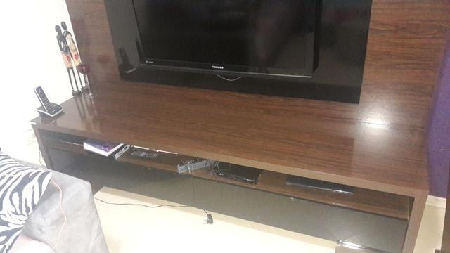 Rack estante para TV com gavetas