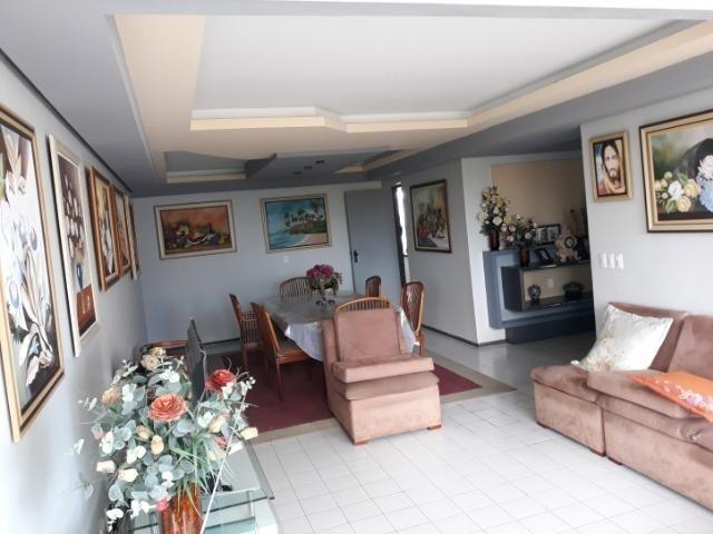 Apartamento em Miramar 176m2, 3 suítes, 2 vagas