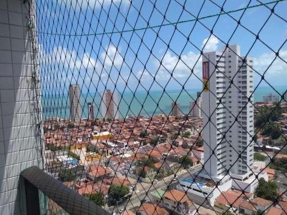 Vendo otimo apartamento com bela vista andar alto sombra 2 vagas cobertas petropolis - Foto 3