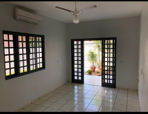 Vendo Casa em Sorriso/MT - Ótima Localização - Av. Porto Alegre, 3744 - Centro - Foto 5