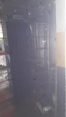 Armário de vidro prateleira espelhada - Foto 2