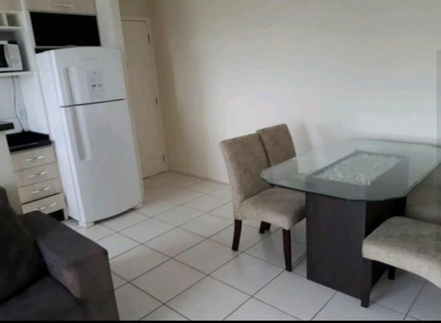 Alugo apartamento mobiliado com taxas inclusas - Foto 2