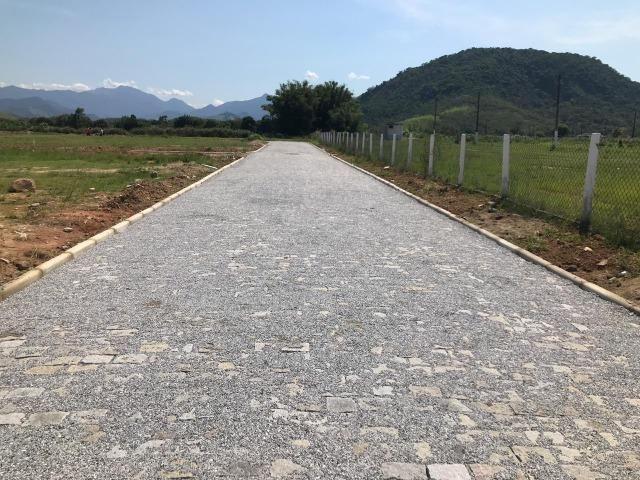 Terrenos com Parcelas à partir de R465,00/Mês Papucaia - Sem consulta no CPF - Foto 2