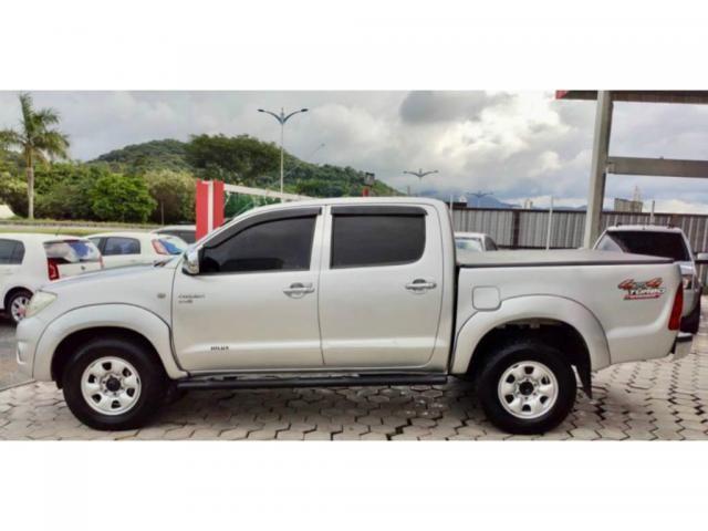 Toyota Hilux 2.5 CABINE DUPLA 4X4 2010  - Foto 7